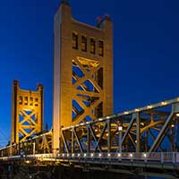 Photograph of the Tower Bridge in Sacramento, California at night.