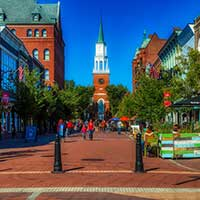 Photograph of a quaint small city square in Vermont.