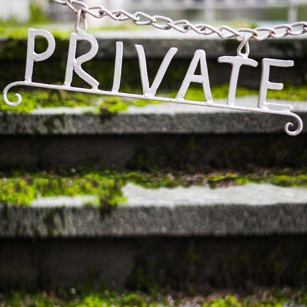 Photograph of a private sign.