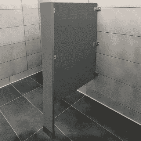 Photograph of Scranton Products floor-mounted privacy screen in HDPE.
