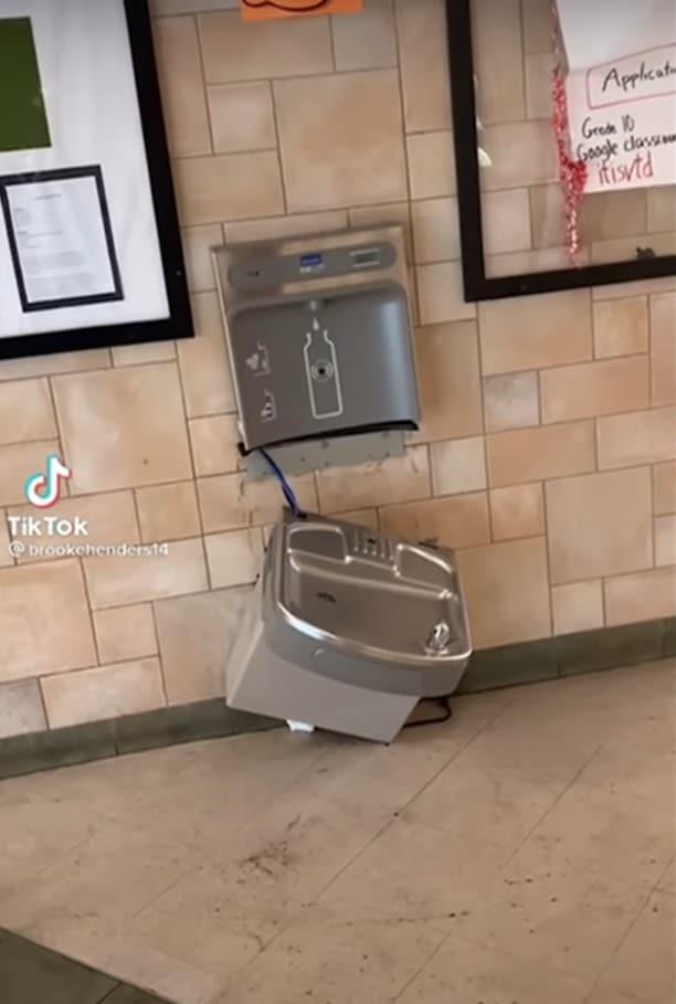 Broken water fountain devious licks trend